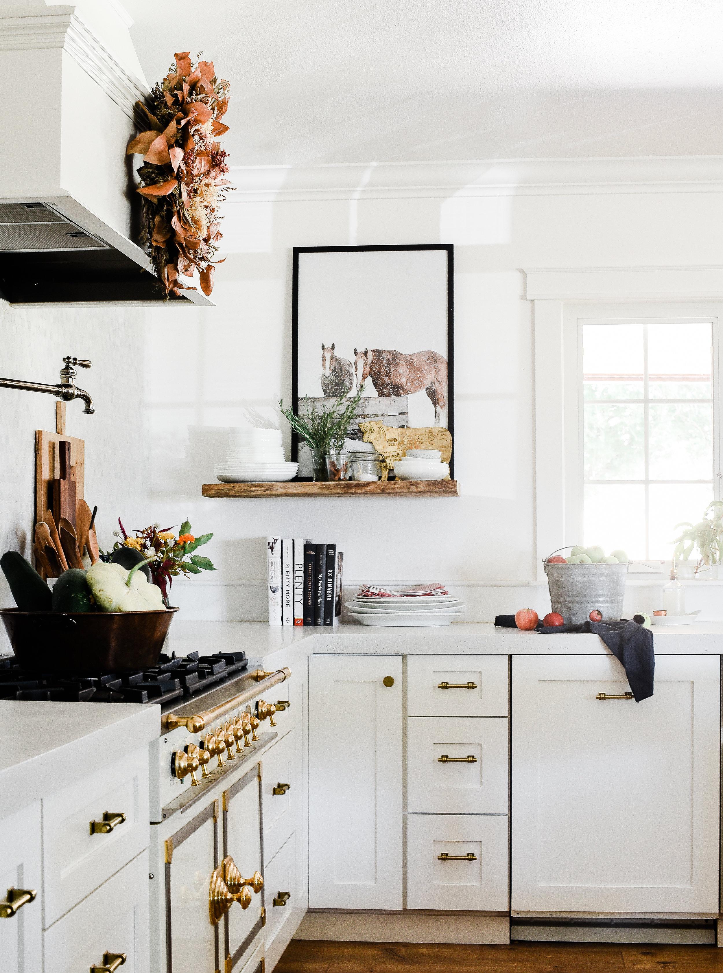 Fall Decorating Ideas: A Modern Farmhouse Kitchen