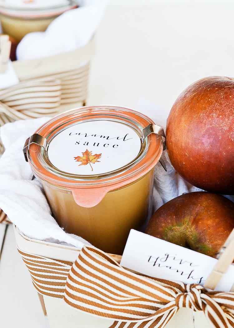 thanksgiving gift ideas caramel apple basket boxwood avenue