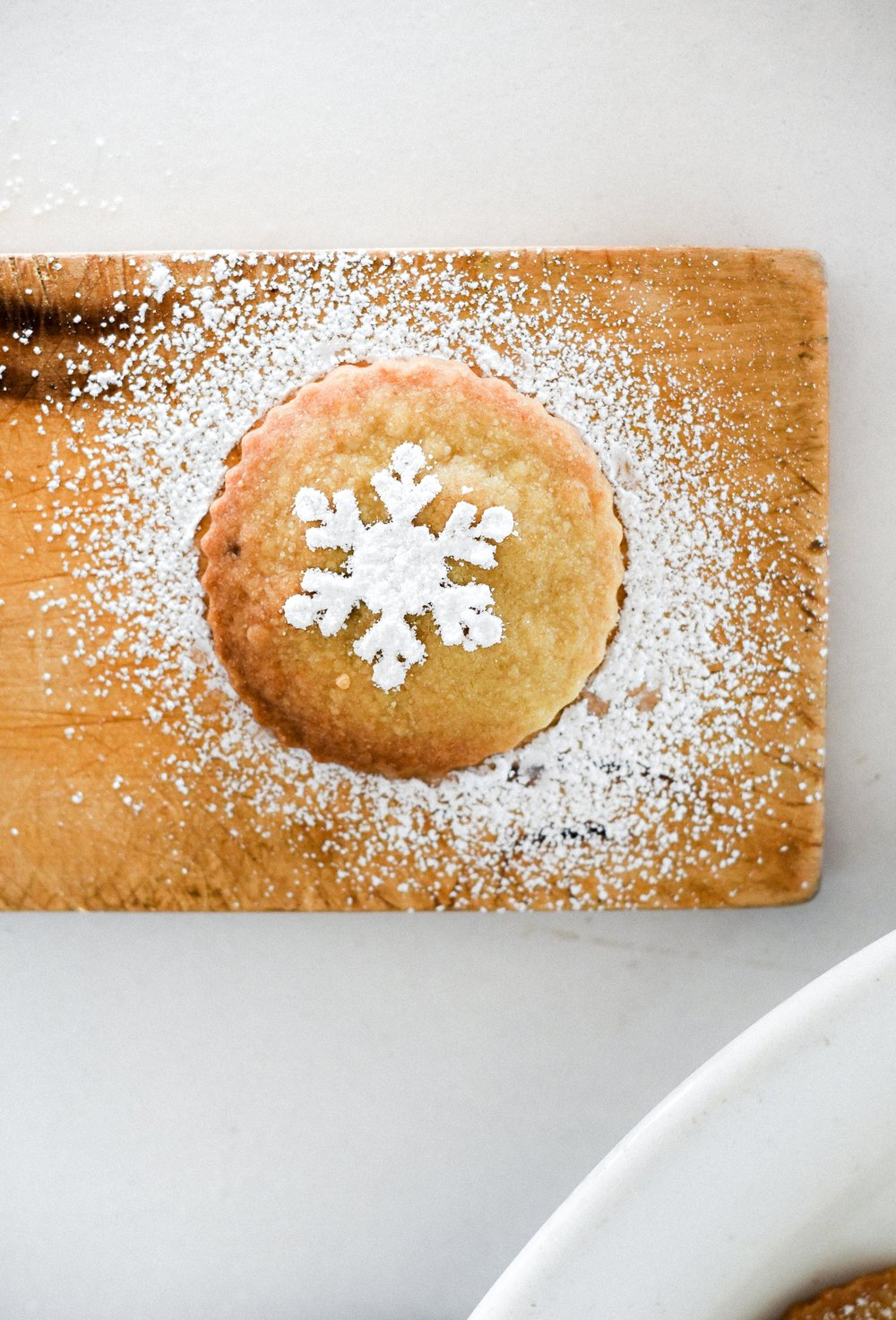 Shortbread for Christmas - an easy cookie! #christmascookies #holidaybaking boxwoodavenue.com