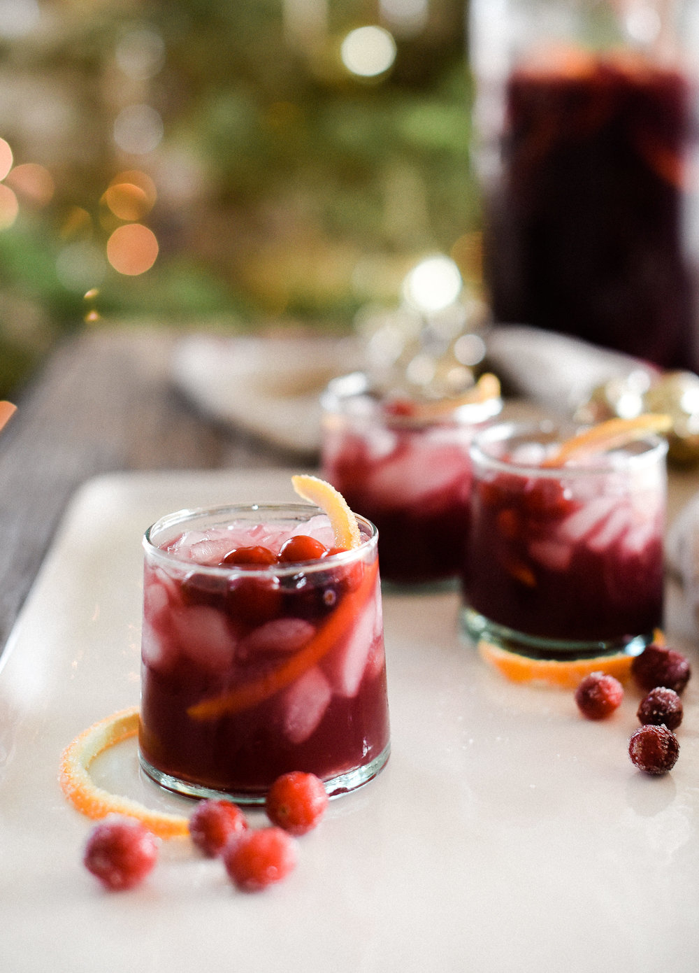 This sangria recipe is so easy and delicious - perfect for Christmas or the holidays! This is the best red wine sangria!! boxwoodavenue.com #sangria #christmaspunch #christmascocktails