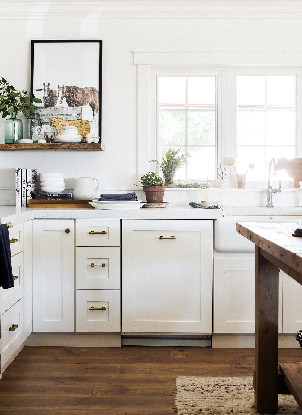 White modern farmhouse kitchen remodel with wood island | boxwoodavenue.com