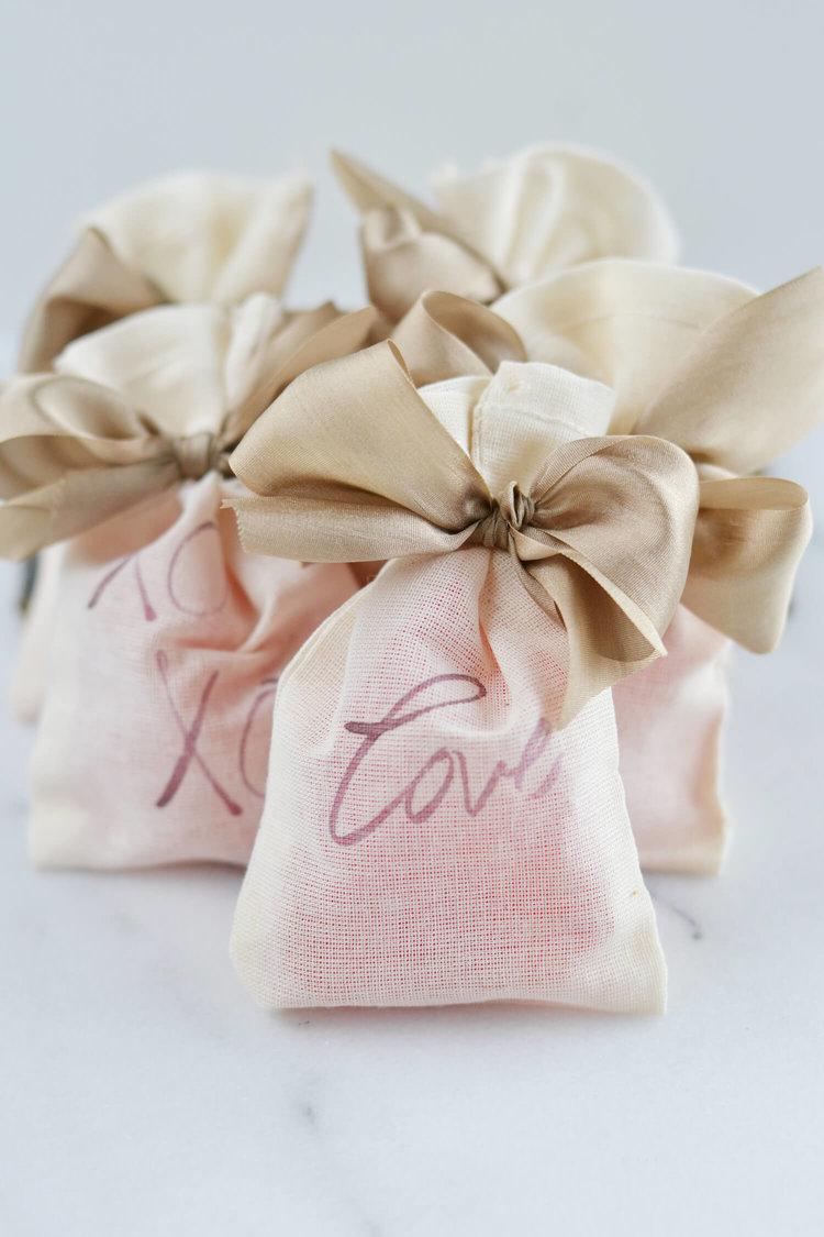 Diy Valentines Day Treat Bags Boxwood Avenue
