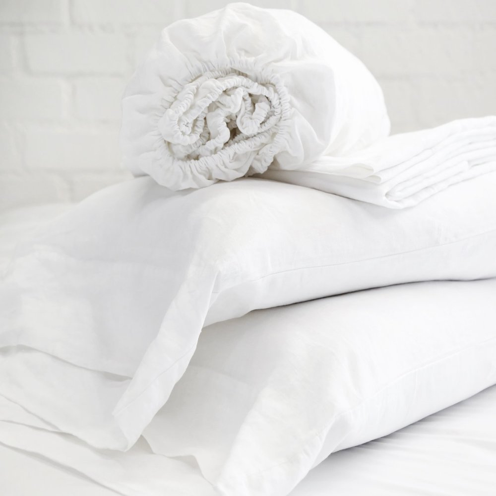White_Linen_Sheet_Set_1512x.jpg