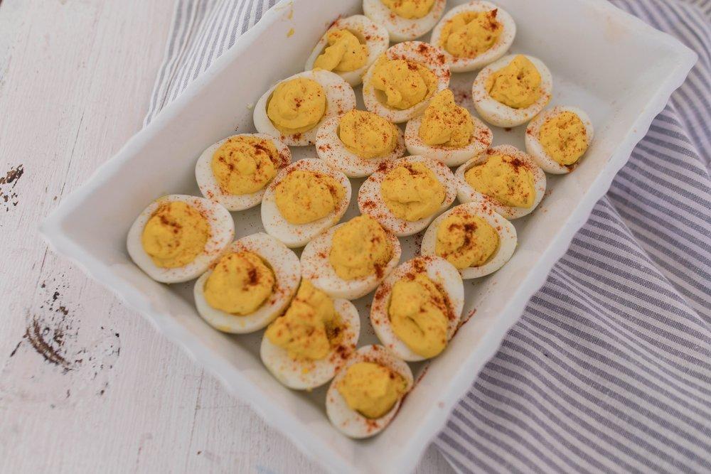 Delicious deviled eggs in the instant pot! How to make hard boiled eggs in the instant pot! #easterrecipes #easterappetizer #deviledeggs