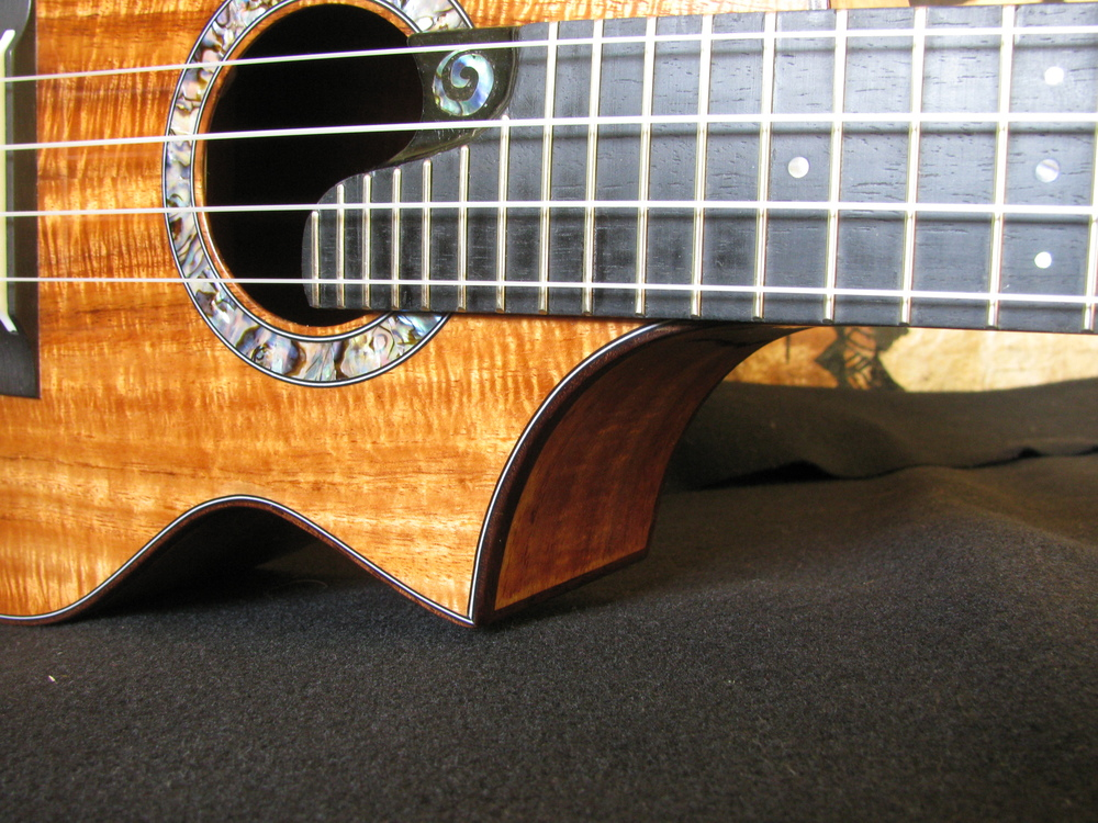 The Cutaway on this Tenor Oceana Ukulele is very balanced Visually