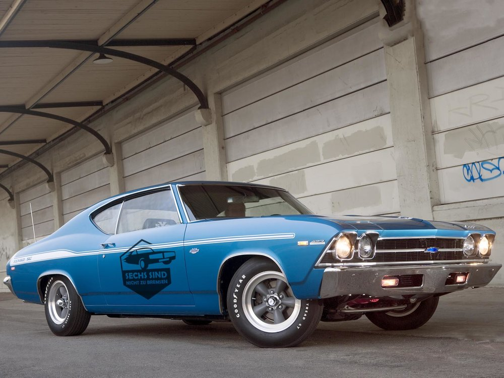 1969-yenko-chevelle-front-three-quarters-static copy.jpg
