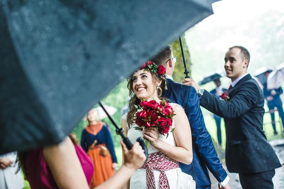 fotografs-billijs-locs-kazas-turaida-lietus-0011.jpg