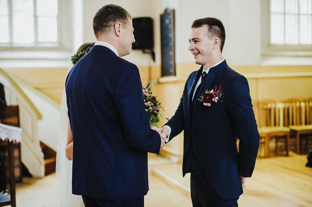 latviskas-kazas-latvian-wedding-ogres-baznica_0026.jpg