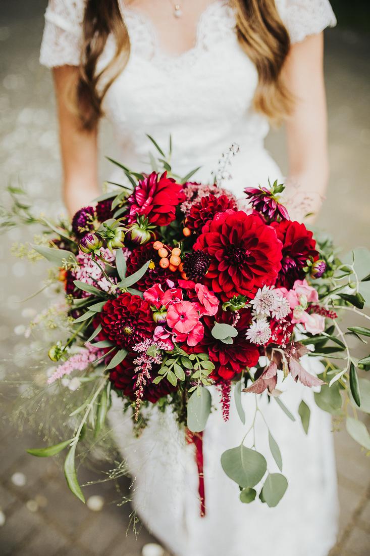 latviskas-kazas-latvian-wedding-ogres-baznica_0035.jpg