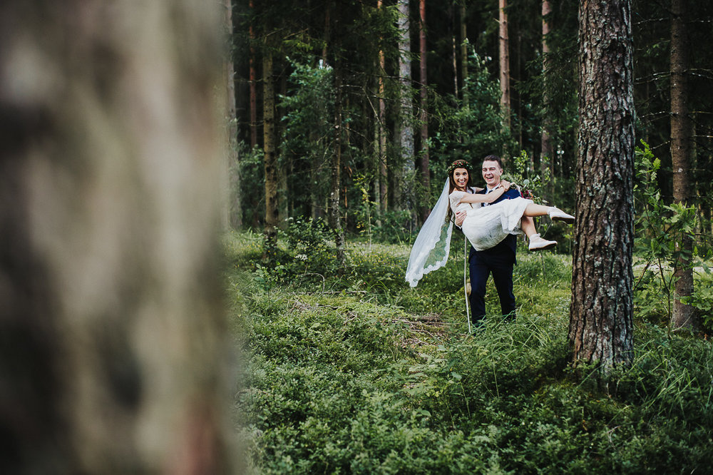 latviskas-kazas-latvian-wedding-ogres-baznica_0044.jpg