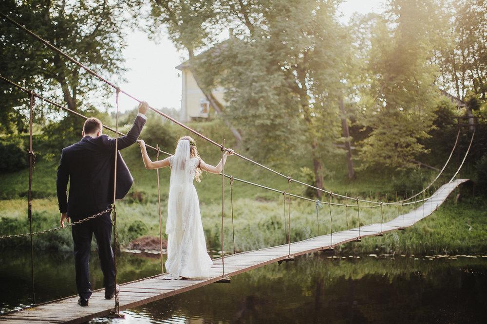 latviskas-kazas-latvian-wedding-ogres-baznica_0053.jpg
