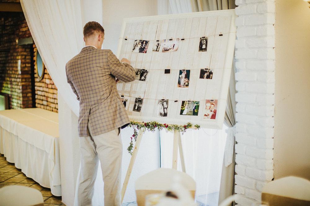 latviskas-kazas-latvian-wedding-ogres-baznica_0058.jpg
