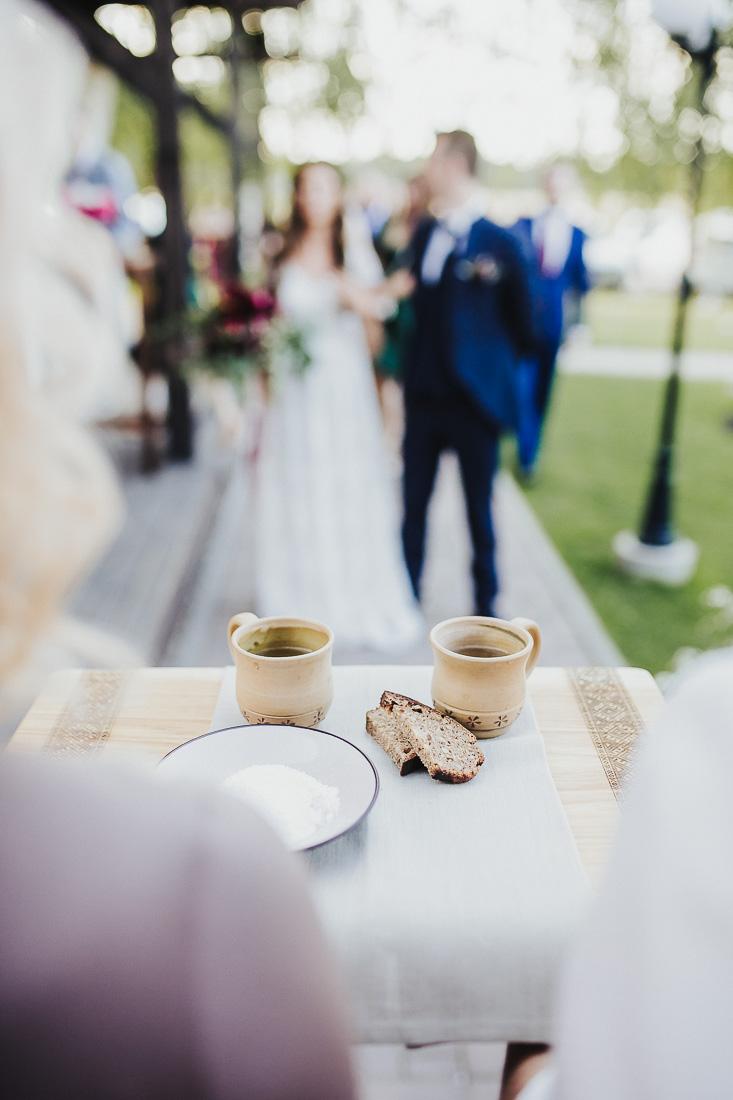 latviskas-kazas-latvian-wedding-ogres-baznica_0059.jpg