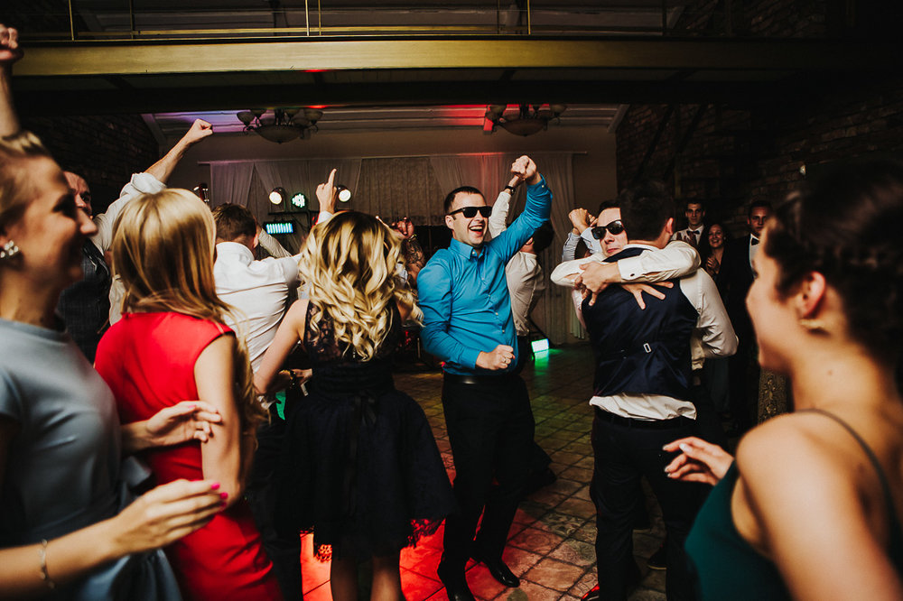 latviskas-kazas-latvian-wedding-ogres-baznica_0074.jpg