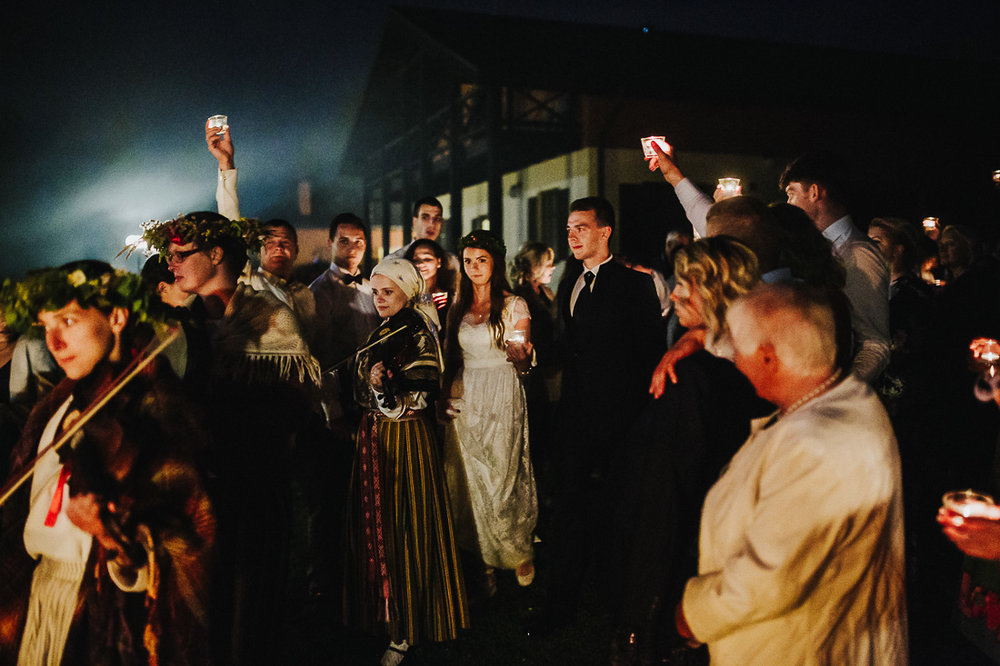 latviskas-kazas-latvian-wedding-ogres-baznica_0079.jpg