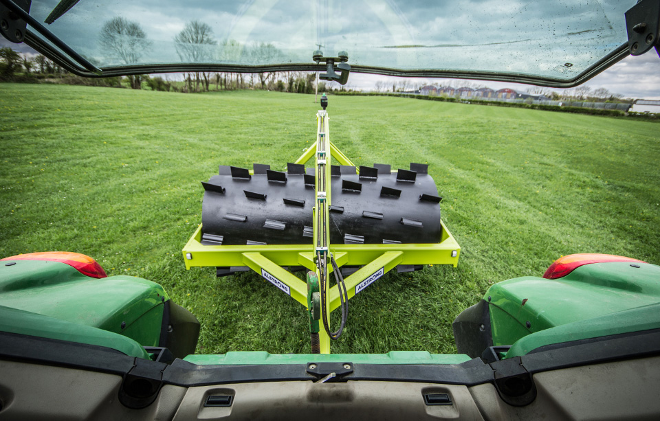 Alstrong_Aerator_View_From_Tractor.jpg