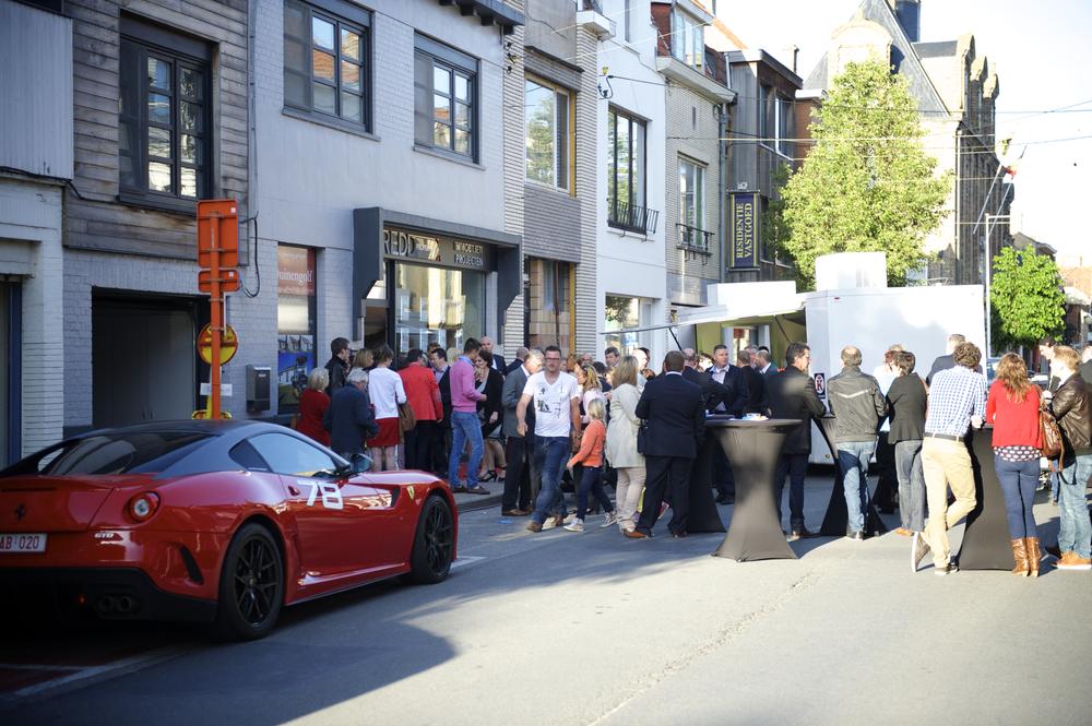 Véél volk voor de opening van het nieuwe kantoor van Redd Properties te Nieuwpoort. AF-Fotografie verzorgde de fotografie.