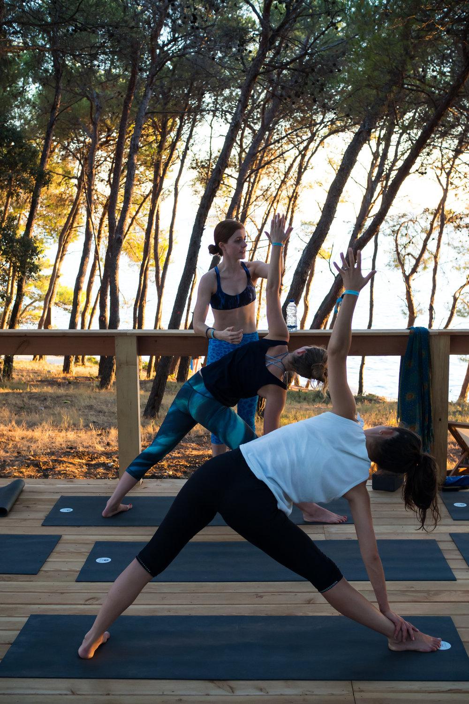 Emily Obonjan Yoga -2.jpg