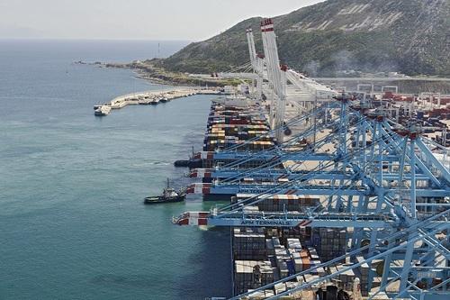 Tanger med port industriel