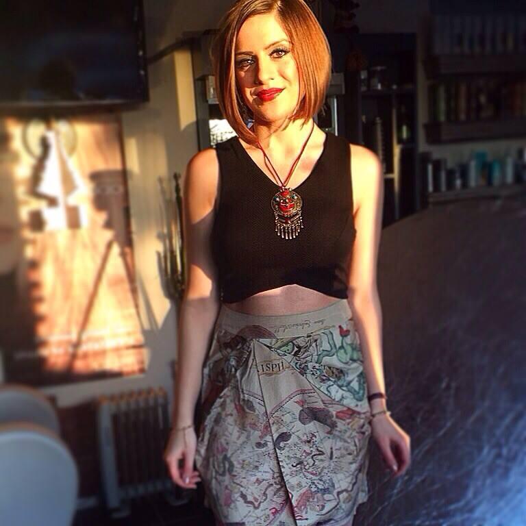 Eve-Yasmine - Gwen Stefani - Rich Girl (Acoustic Cover)