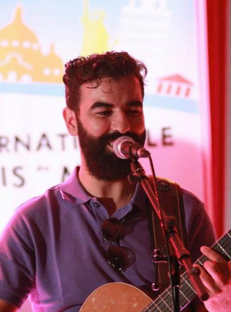 Cantante en encuentro de Tangerinos 2015