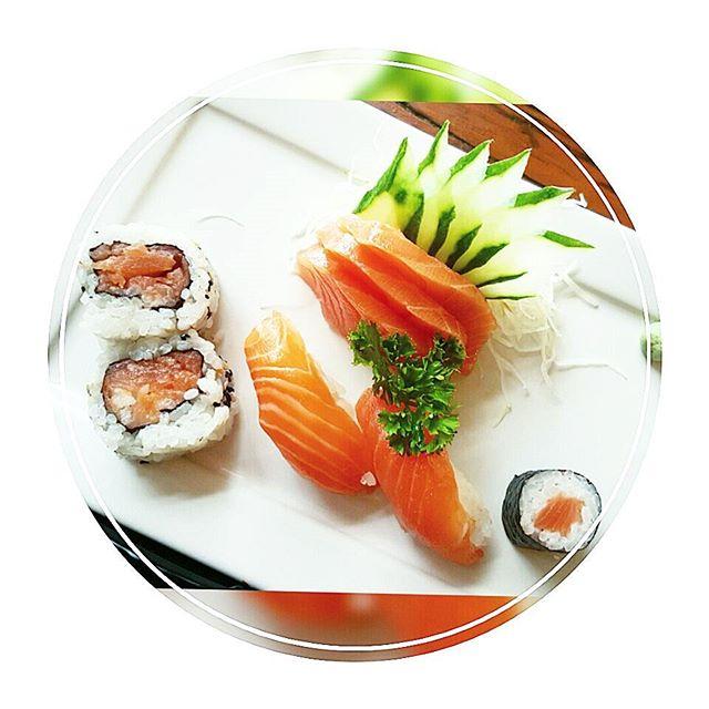 D E L Í C I A o almoço no @kaizen.restaurante  hj com.a minha amiga @baracatr 🍣🍣 Atendimento ótimo, ambiente muuuuito gostoso!!! Quem for aqui de Campinas ou estiver passando por aqui, vale a pena conhecer 😉😋🔝😘😘😘 #DicasByDrica  #Qualidadedevida #Lifestyle #CulinariaJaponesa #gastronomia #comidajaponesa #mkt