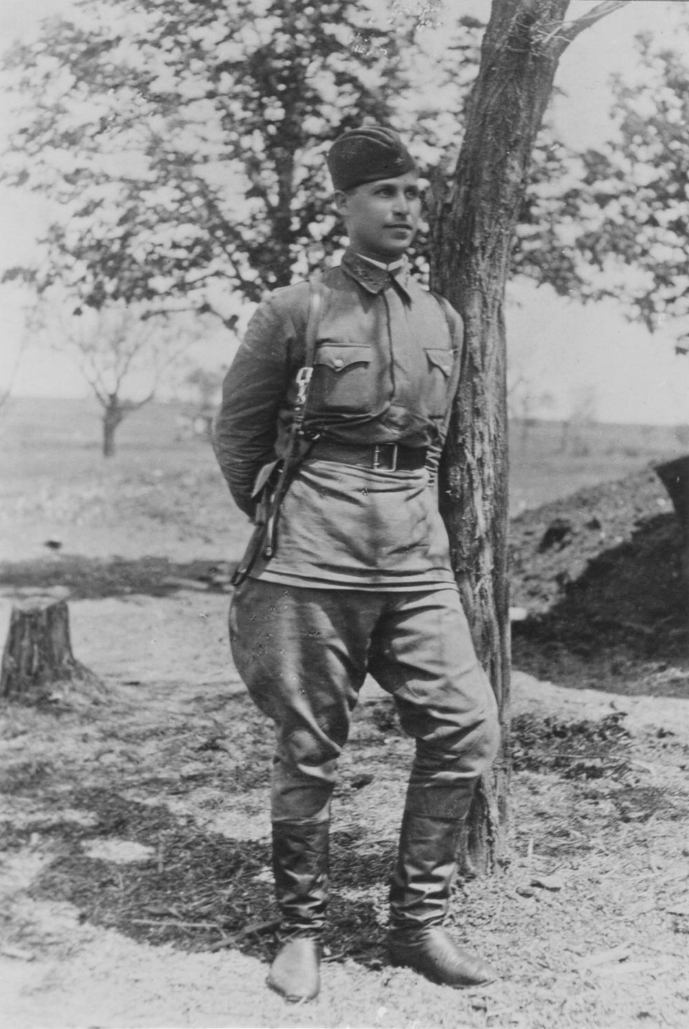 Leonid Rozenberg in Rostov region.  1941