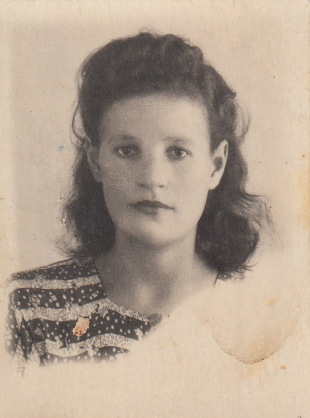 Portrait of Asya Gindina. 1946