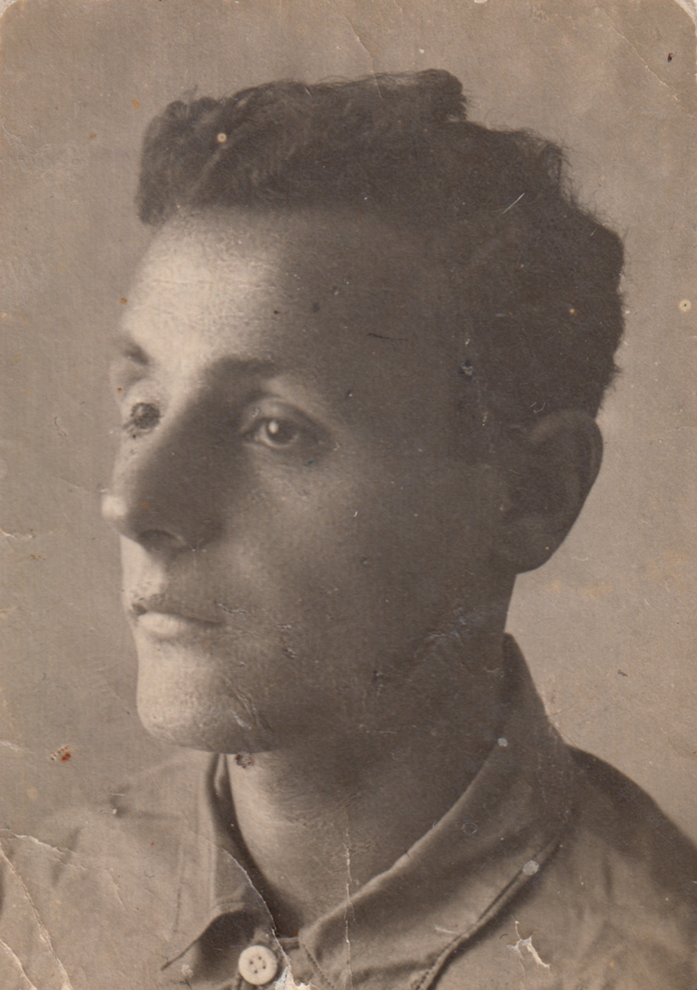 Mikhail Gindin, Asya's husband. Photograph during the war.