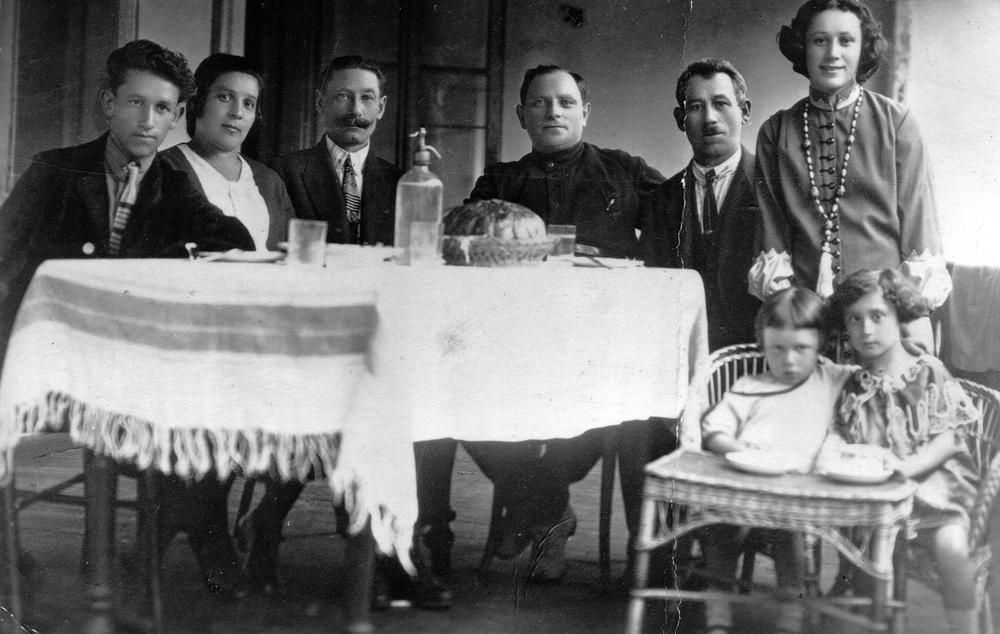 Zbarskiy family, pre-war
