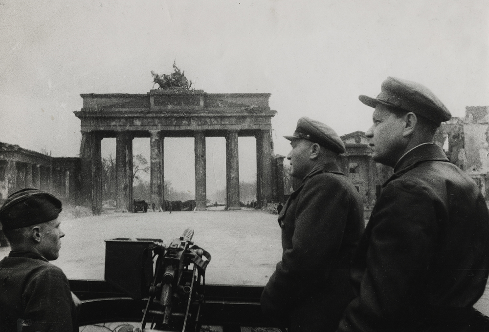 Major Naum Secunda, on right, entering Berlin. 1945.