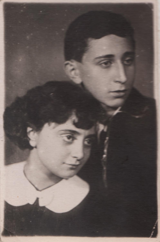Yuliy and Ida Pinsky, wedding photograph. Kyiv, Ukraine. November 7, 1950