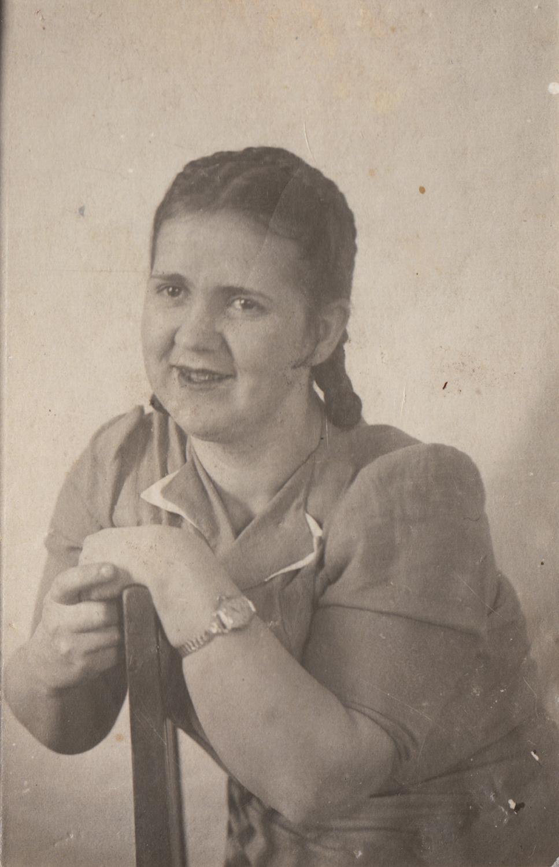 Surgeon Taisiya Yakovlevna, who amputated Kipnis's leg in a hospital in Nevyansk, Russia, in 1943