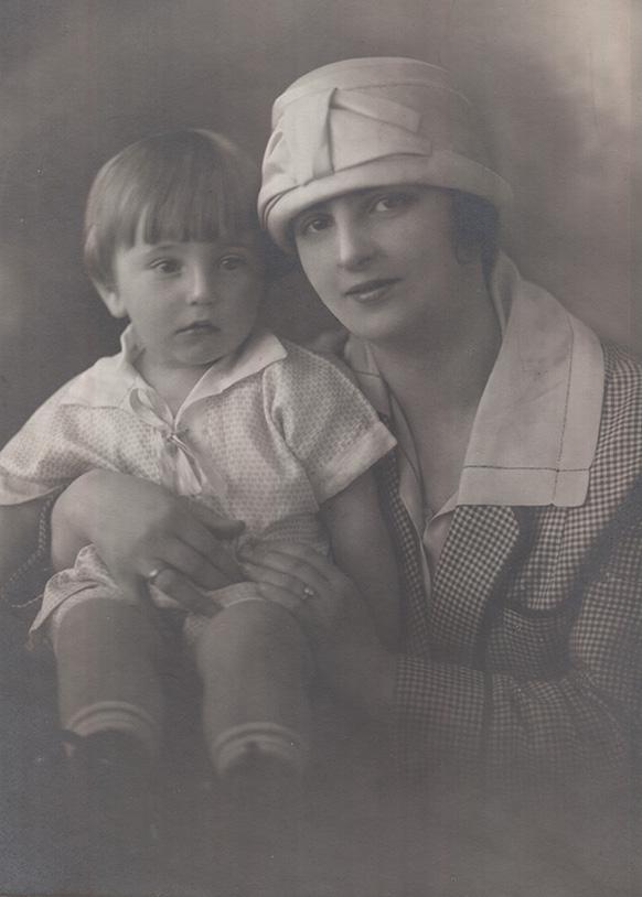 Leonard Polyak With Mom