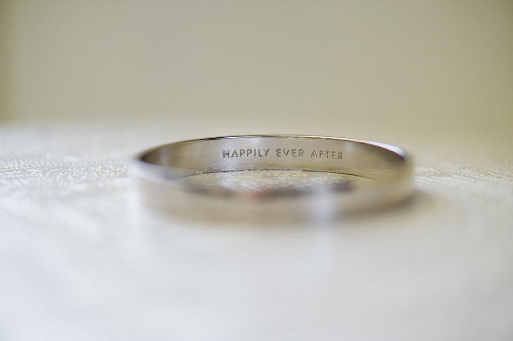 christopher-shelly-cascade-manor-wedding-photography-john-henry-bartlett-vert-003.JPG