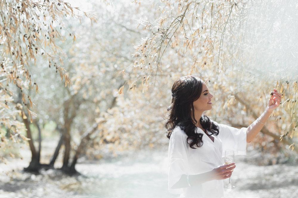 christopher-shelly-cascade-manor-wedding-photography-john-henry-bartlett-vert-004.JPG