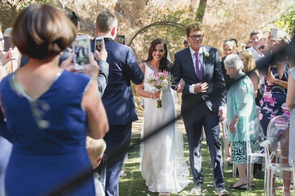 christopher-shelly-cascade-manor-wedding-photography-john-henry-bartlett-vert-015.JPG