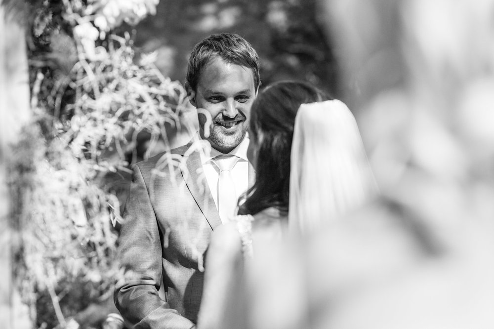 christopher-shelly-cascade-manor-wedding-photography-john-henry-bartlett-vert-017.JPG