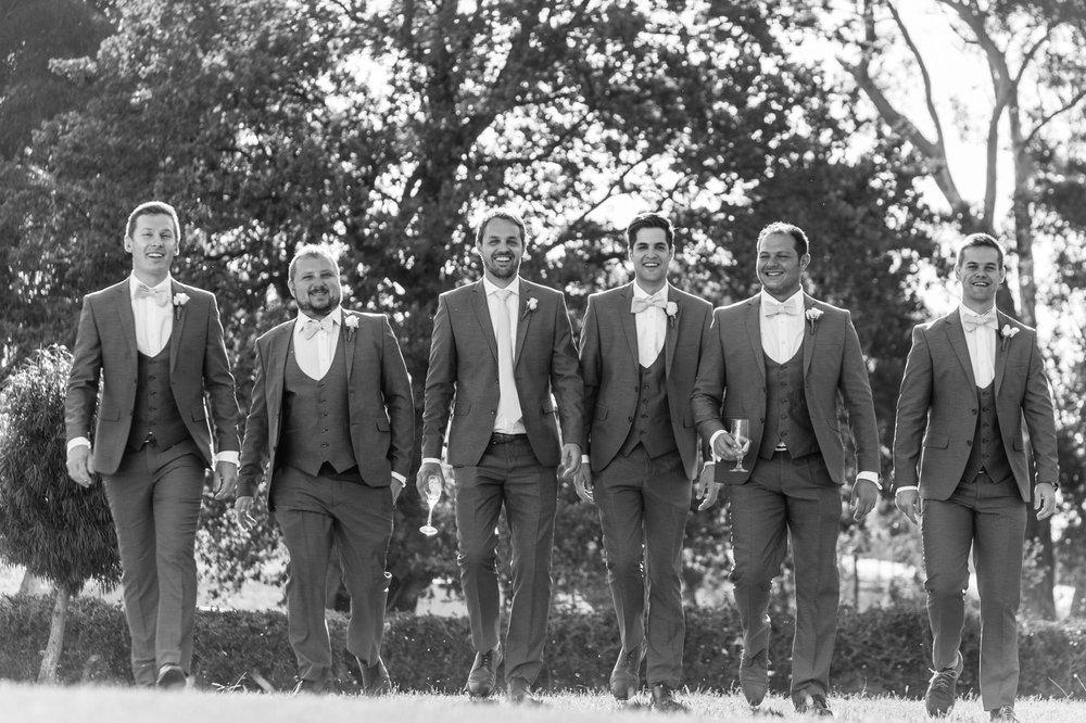 christopher-shelly-cascade-manor-wedding-photography-john-henry-bartlett-vert-029.JPG