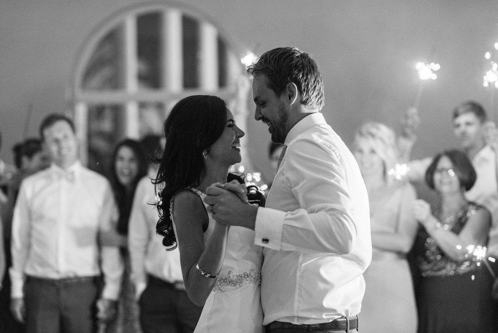 christopher-shelly-cascade-manor-wedding-photography-john-henry-bartlett-vert-076.JPG