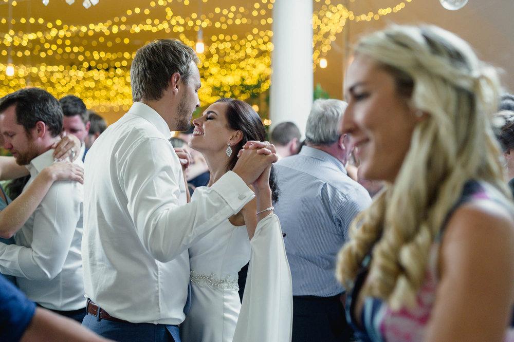 christopher-shelly-cascade-manor-wedding-photography-john-henry-bartlett-vert-077.JPG