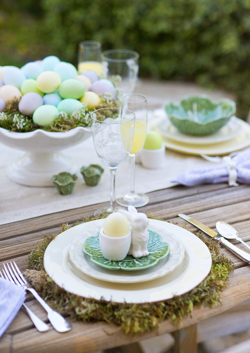 Easter dinner table setting ideas easter decorations for for Easter dinner table setting ideas