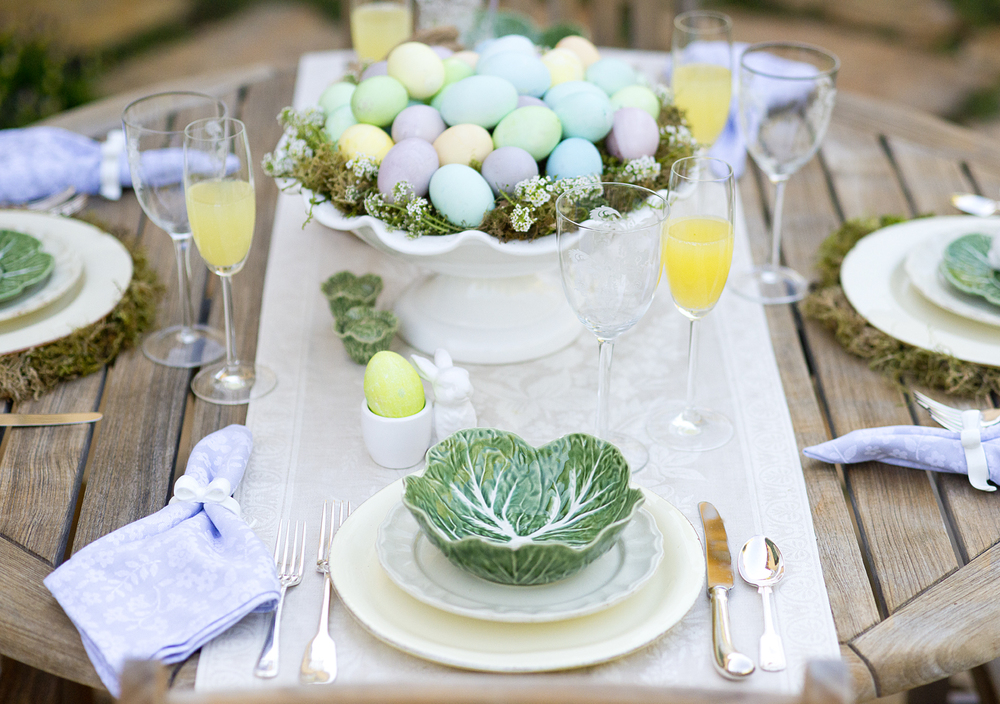 Easter table brunch