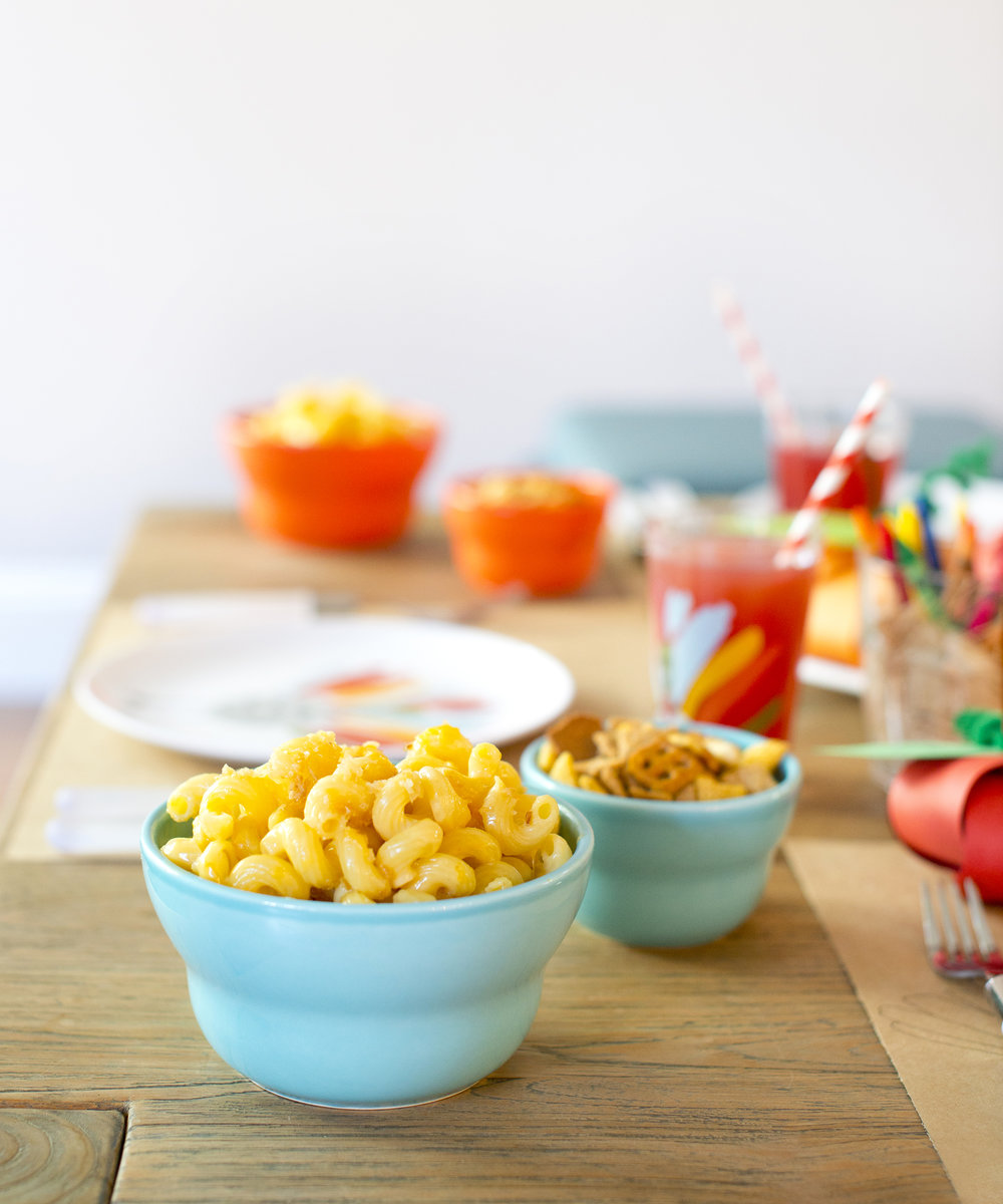 Kid's Thanksgiving Table: Mac & Cheese Recipe