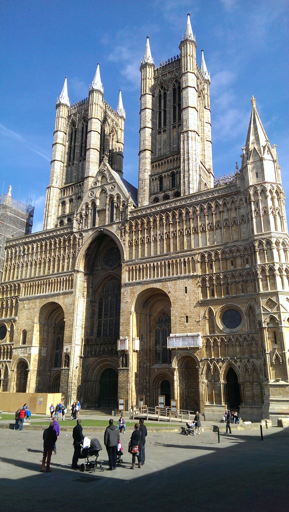 Lincoln Cathedral 2015.jpg