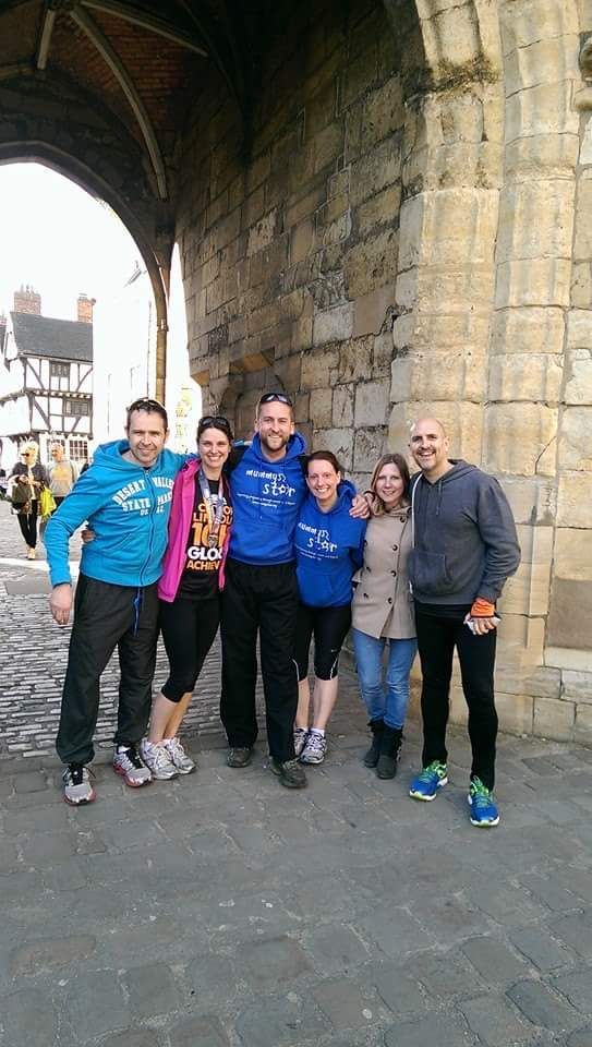 Lincoln 10k 2015 afterwards group shot.jpg