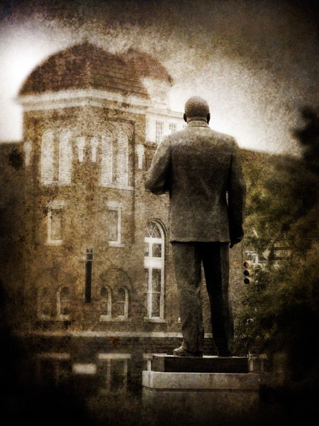 Martin Luther King Jr. statue with Sixteenth Street Baptist Church