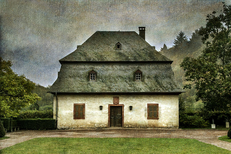 House at Closter Johannisberg