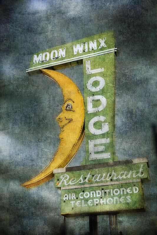 Moon Winx Motel