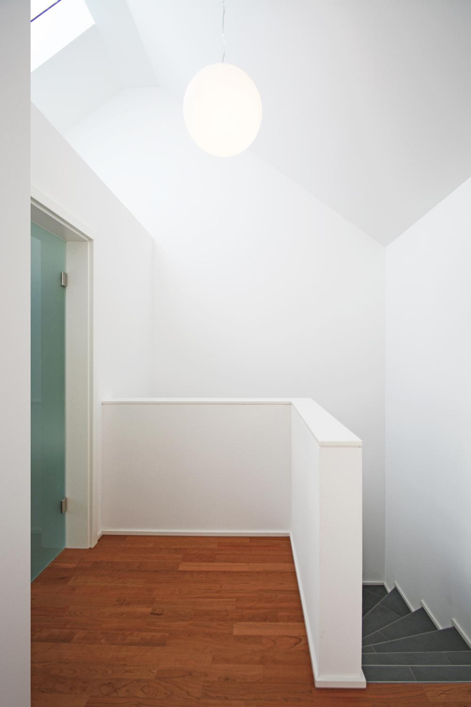umgewandelt garagen und lagergeb ude wird zur stadtwohnung althaus architekten marburg. Black Bedroom Furniture Sets. Home Design Ideas